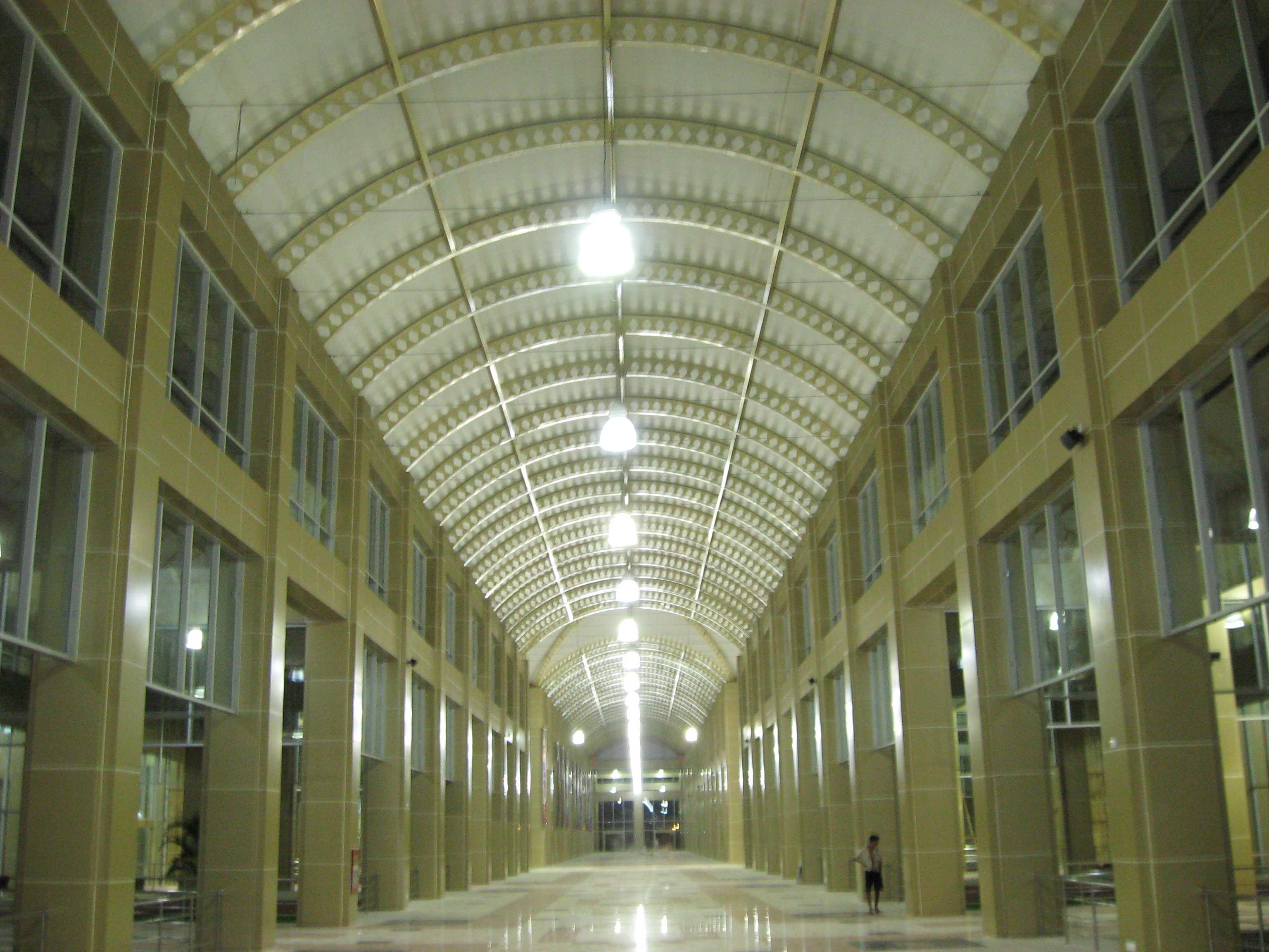 Zayarthiri Shopping Mall (Naypyitaw) (2)